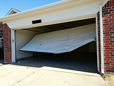 Garage Door Repair in Repair in League City
